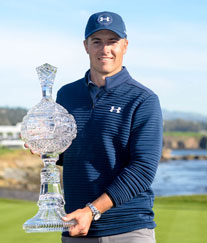 /content/dam/snrprivate/2017/February 2017/spieth_pebble_beach_trophy_1x1.jpg